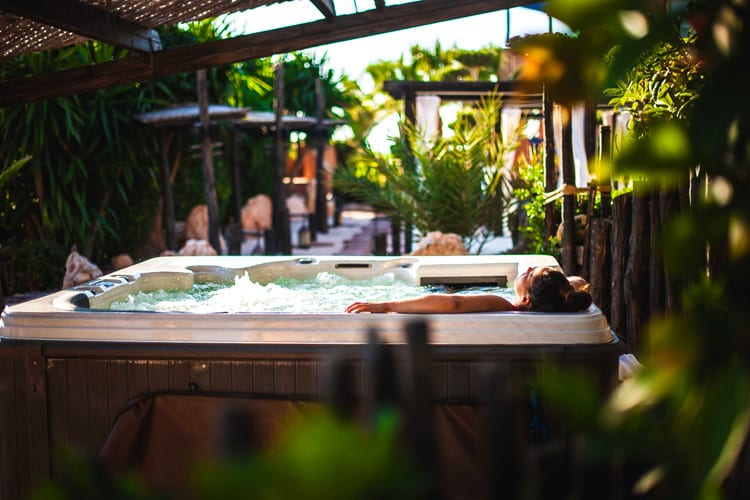 Relaxing moment in the Paradis Plage jacuzzi
