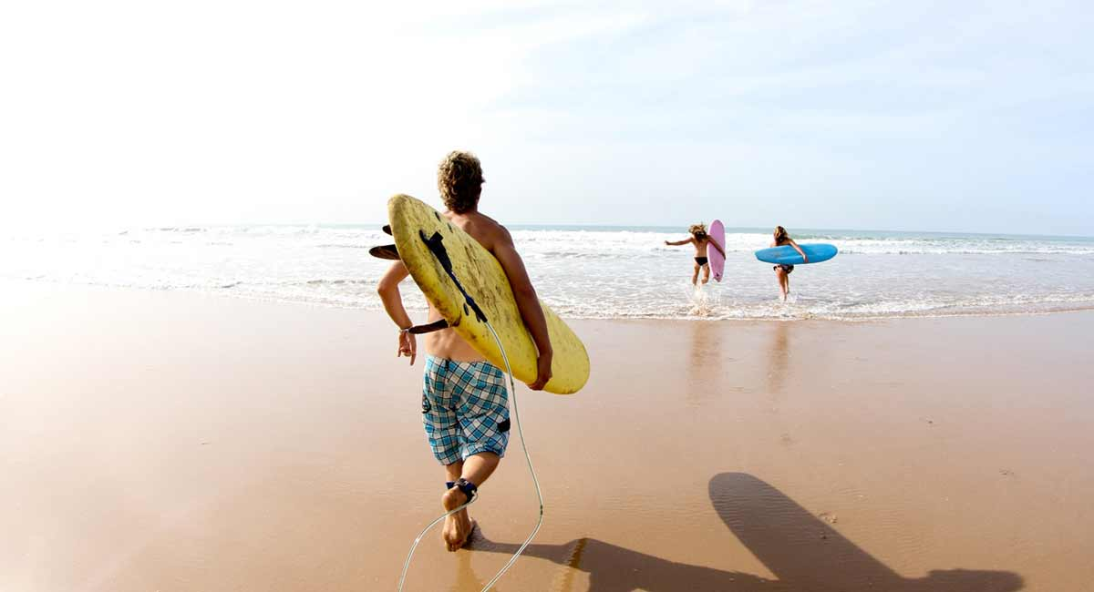 Paradis Plage Resort-Family surfing