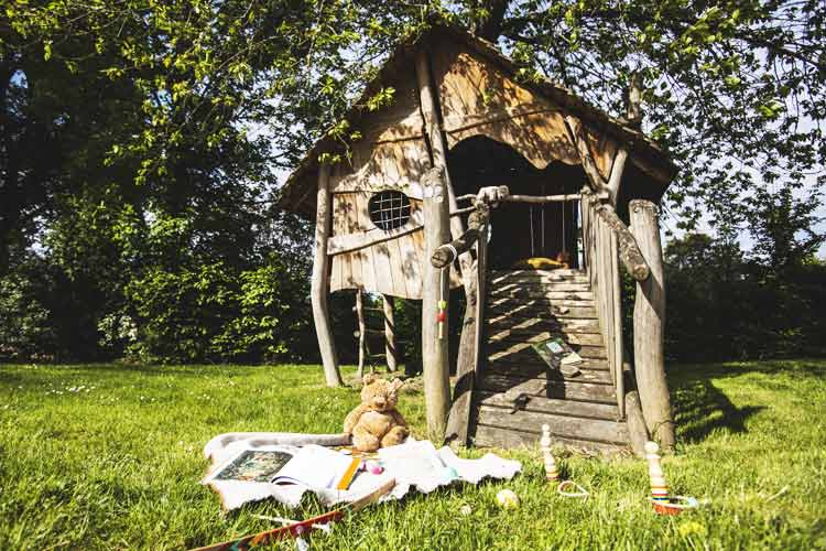 Wooden hut for children at Le Domaine des Étangs *****
