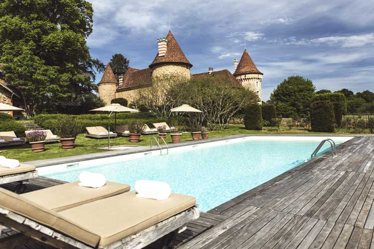 Domaine des Etangs-Swimming pool view