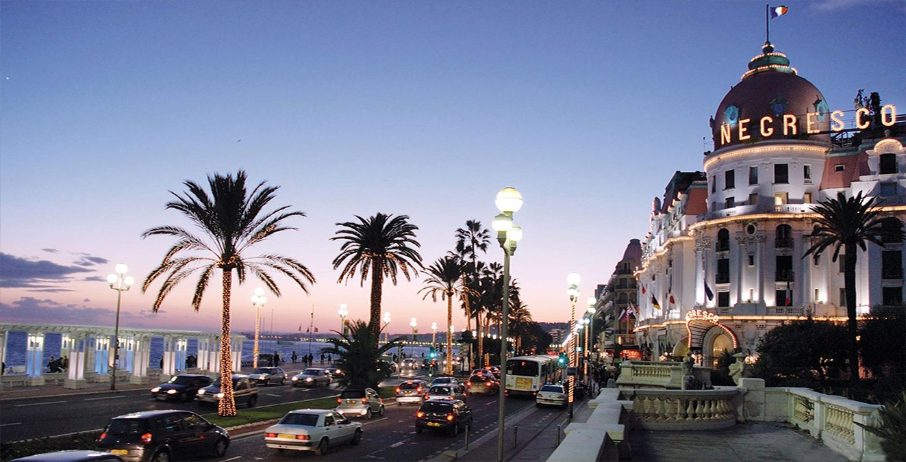 Le negresco luxury kids friendly hotel in nice france for Designhotel nizza