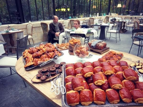 Domaine de Manville - a large central buffet with homemade pastries