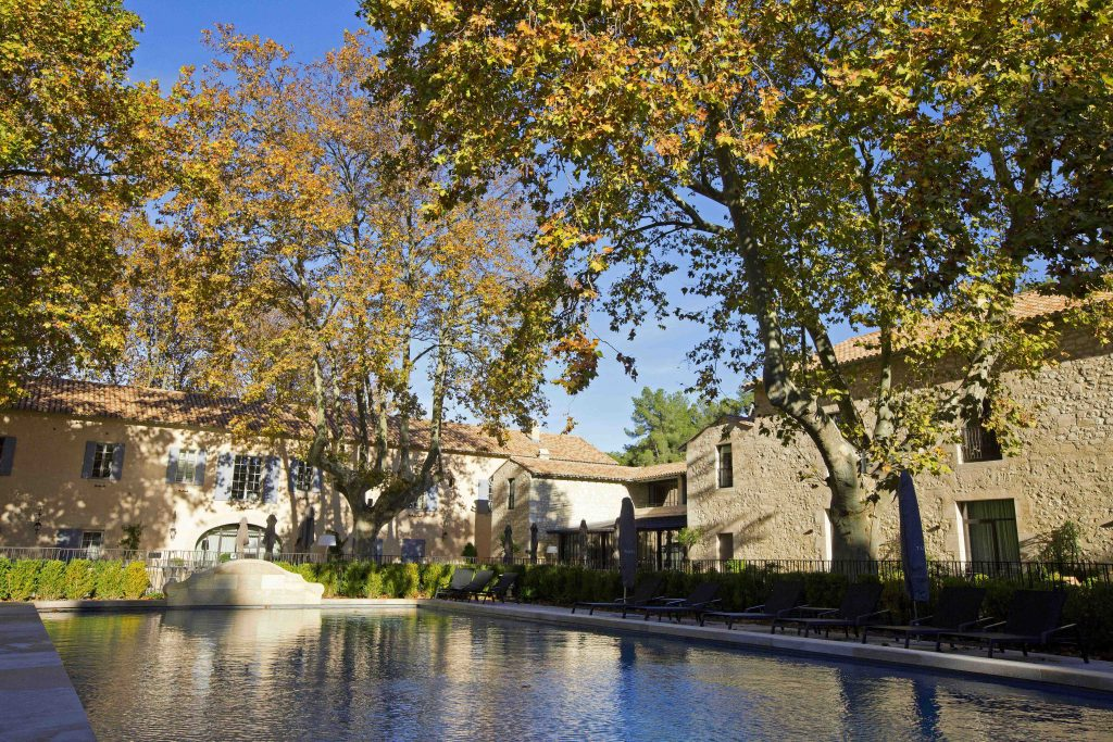 Domaine de Manville - View of the swimming pool