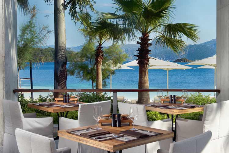 D Maris Bay - beach restaurant