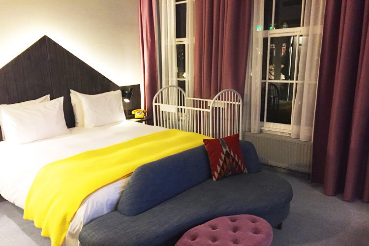 Pulitzer-Hotel - Amsterdam - room with baby cribs