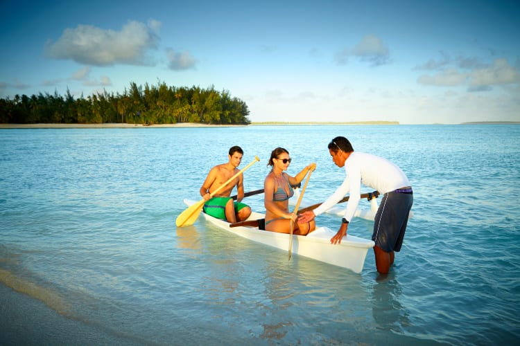 Kayak lessons The Brando Tahiti