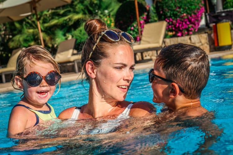 Sheraton Mallorca Mother and her children playing in the pool