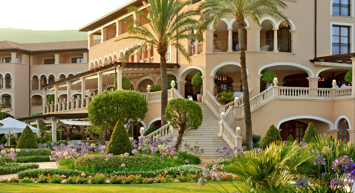 The St. Regis Mardavall Mallorca Resort *****