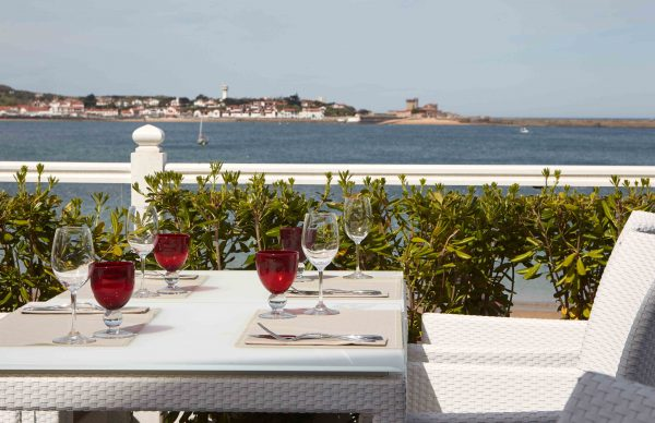 Dinner at the Grand Hôtel Thalasso & Spa restaurant with sea view