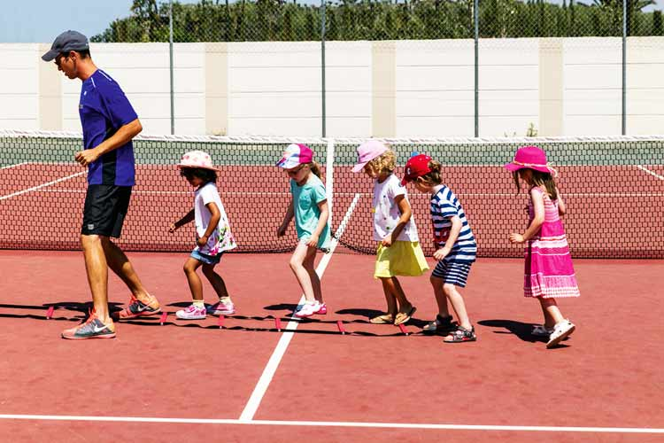 Ikos Olivia-tennis lessons for children