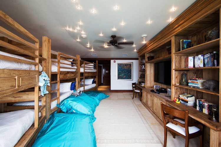 necker island children's bedroom