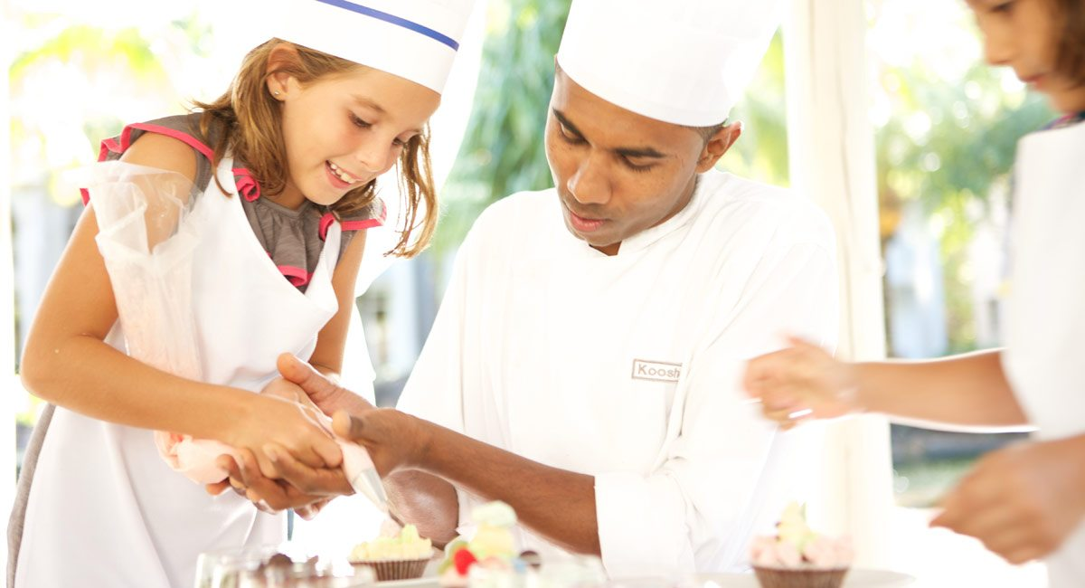 Lux-Belle-Mare-cooking classes for children