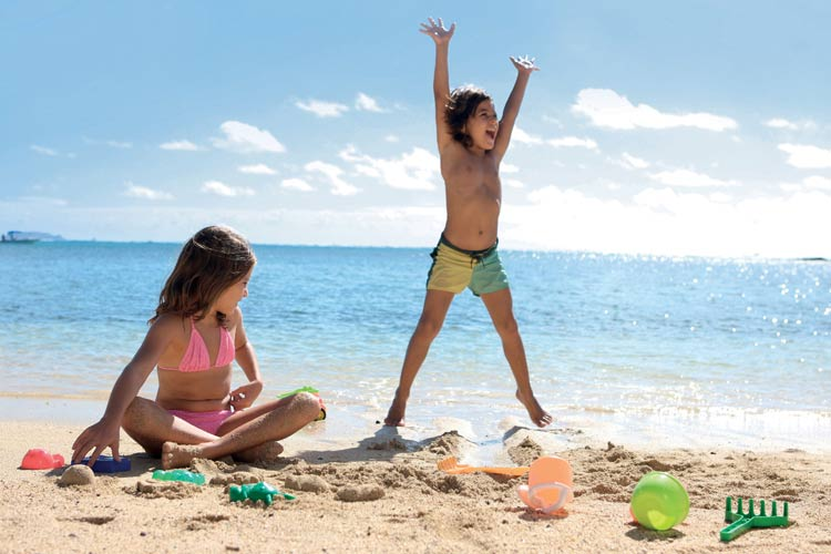 Lux-Belle-Mare-Mauritus-kids ,playing on the beach