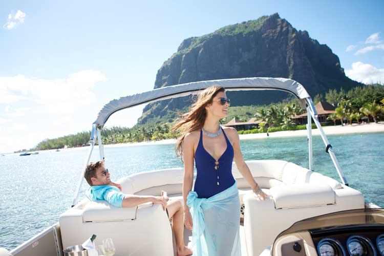 Lux Le Morne Mauritius-couple on a boat