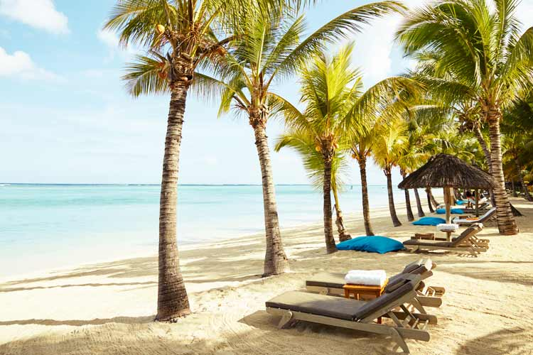 Lux Le Morne Mauritius-beach with sunbeds