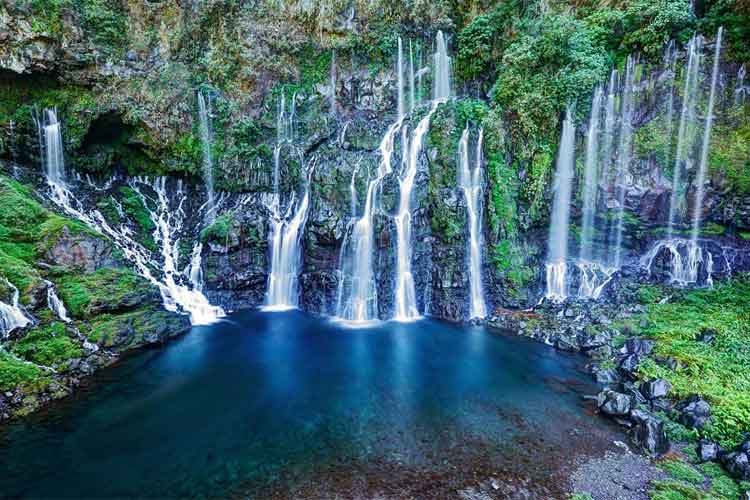 Lux Saint-Gilles-reunion island waterfalls