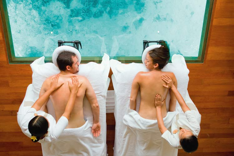 Lux South Ari-couple massage at the spa