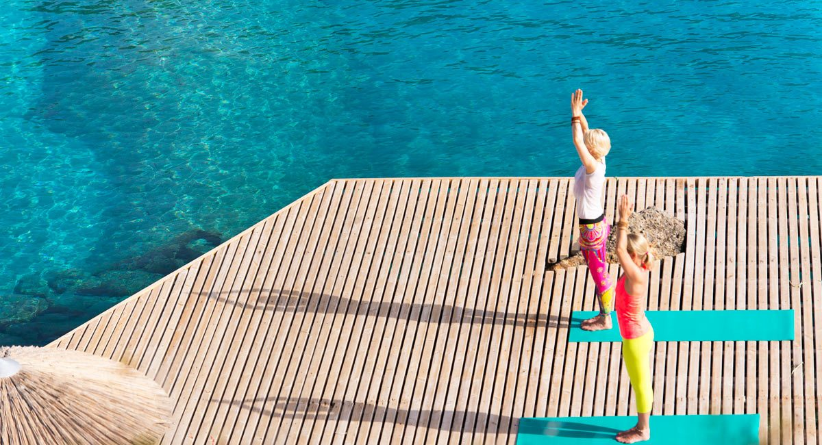 Daios Cove Hotel-yoga girls