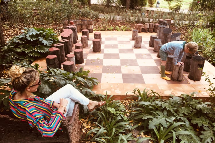 Hotel Selman Marrakech Activity outdoor chess game