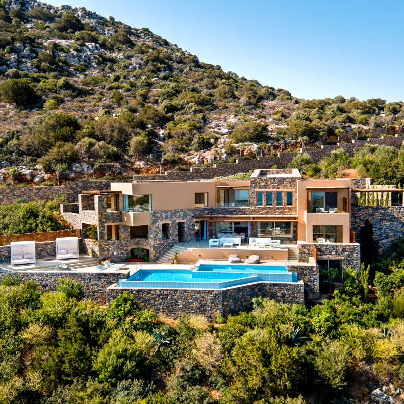The Daios Cove family villa: The Mansion