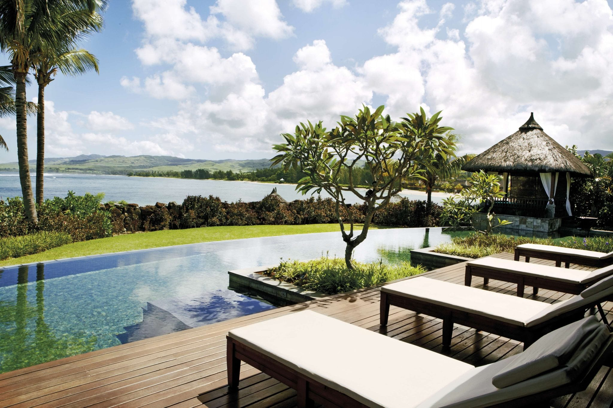 Shanti Maurice Resort & Spa (2019) - The Best Family Hotel in Mauritius