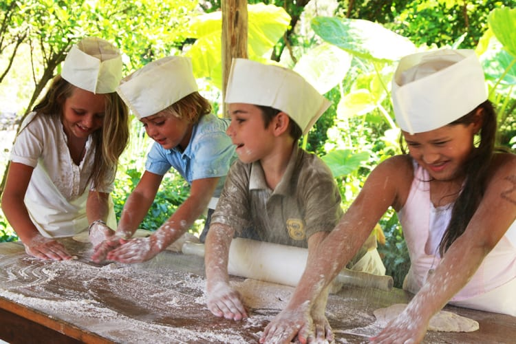 Pastry class for kids Soneva Kiri *****