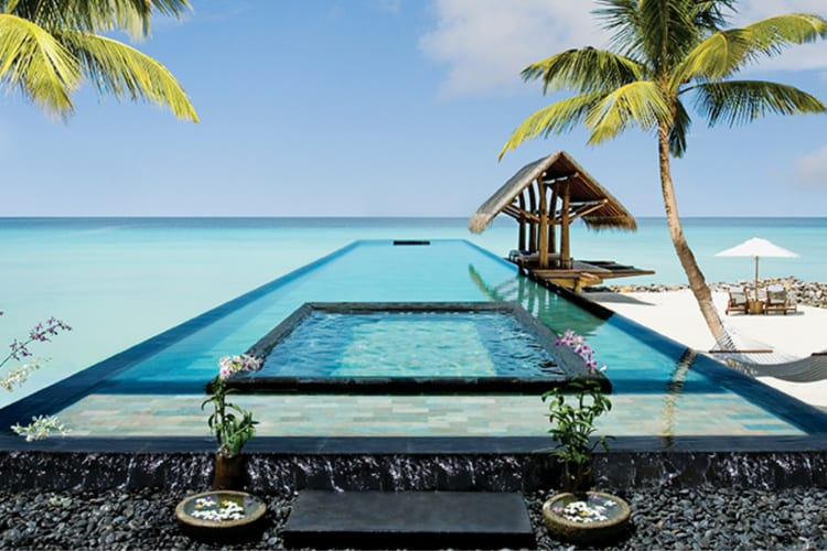 One & Only Reethi Rah  Pool with sea view