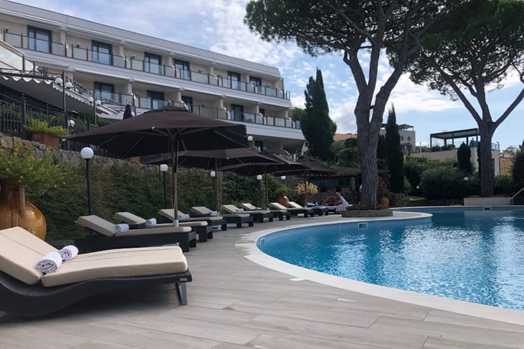 Little Guest Hotels Collection Baglioni Pool Testimony