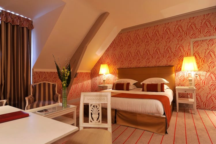 Bedroom in the roof Domaine de La Bretesche Golf & Spa