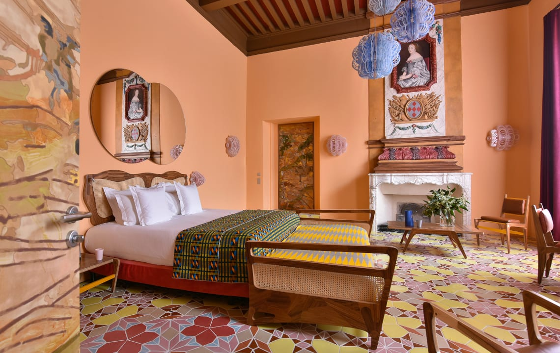 Arlatan Hotel pink room The Little Guest Hotels collection