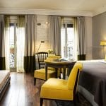 Hôtel Edouard 7 Yellow and grey bedroom