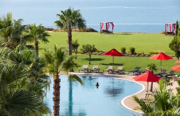 Pool and garden with sea view of Cascade Wellness Resort
