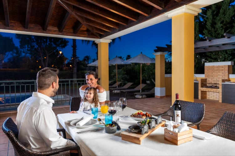 Family time in the evening at the Cascade Wellness & Lifestyle Hotel in Portugal