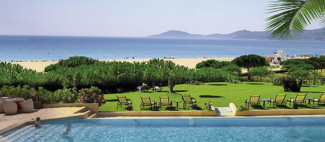 The beach of Flamants Roses Hotel