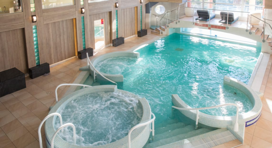 Swimming pools Spa of the Flamants Roses Hotel