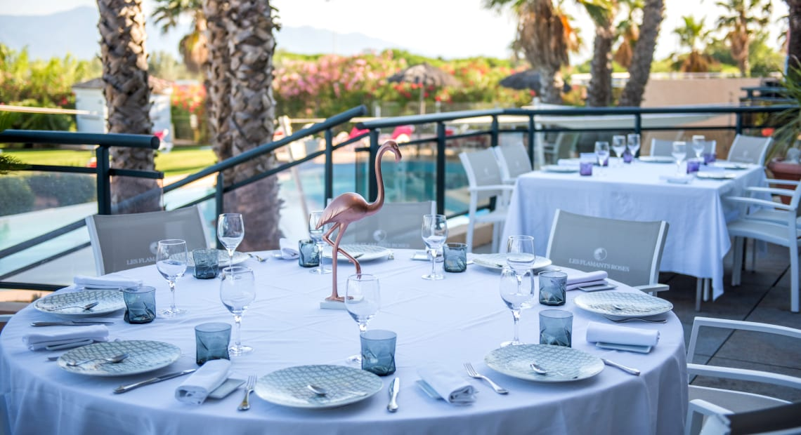 Restaurant of the The Flamants Roses hotel