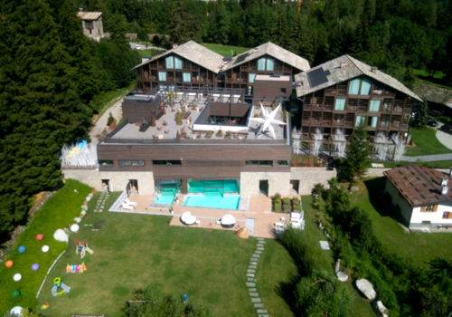 Panoramic view of the Mirtillo Rosso Family Hotel in Italy