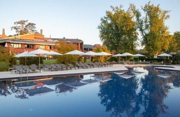 La Reserve Geneve private outdoor pool