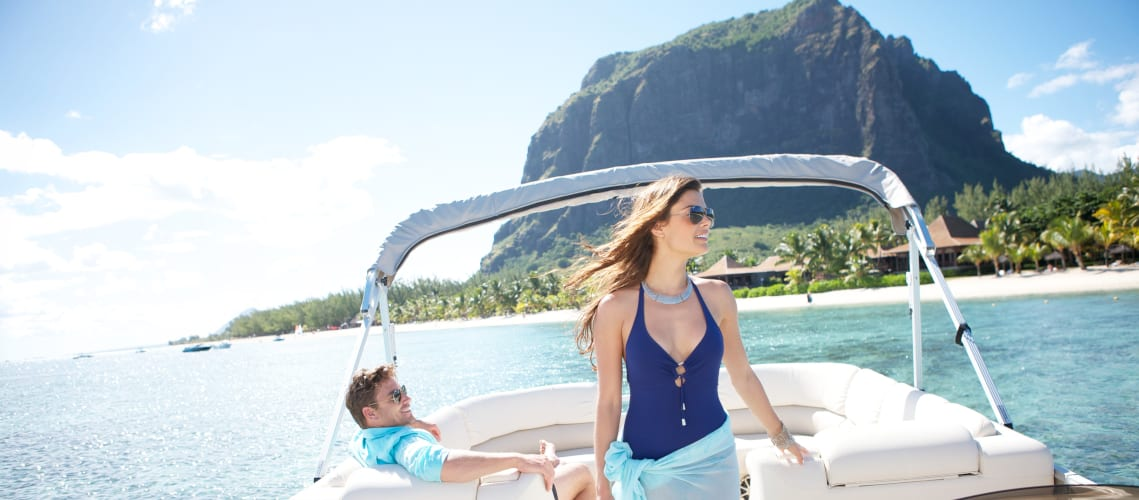 Little Guest Hotels Collection LUX Le Morne Happy couple boat mountain Morne Brabant