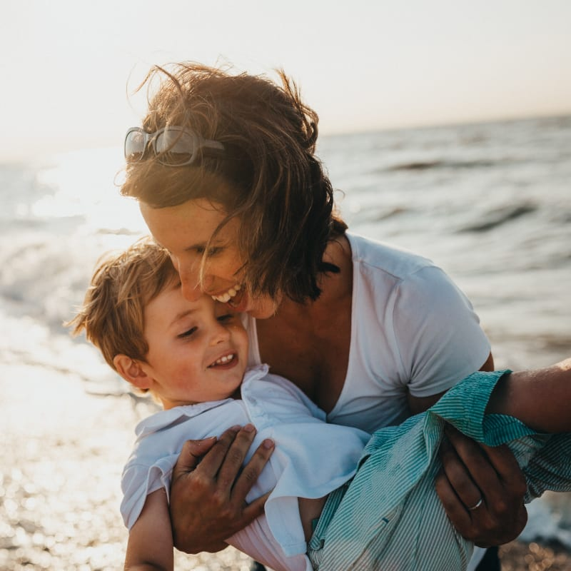 Little Guest Hotels Collection Mother and daughter sea laughing