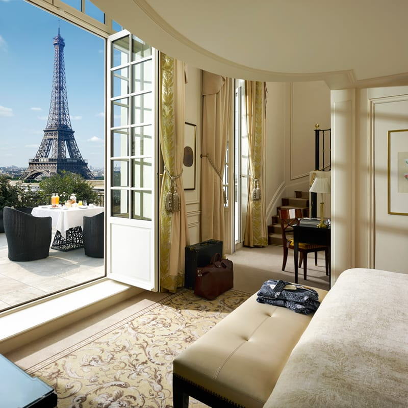The superb suite with rooftop at the Shangri-La Paris hotel