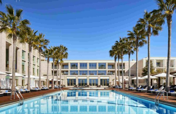 Anantara Vilamoura Algarve Resort outdoor pool