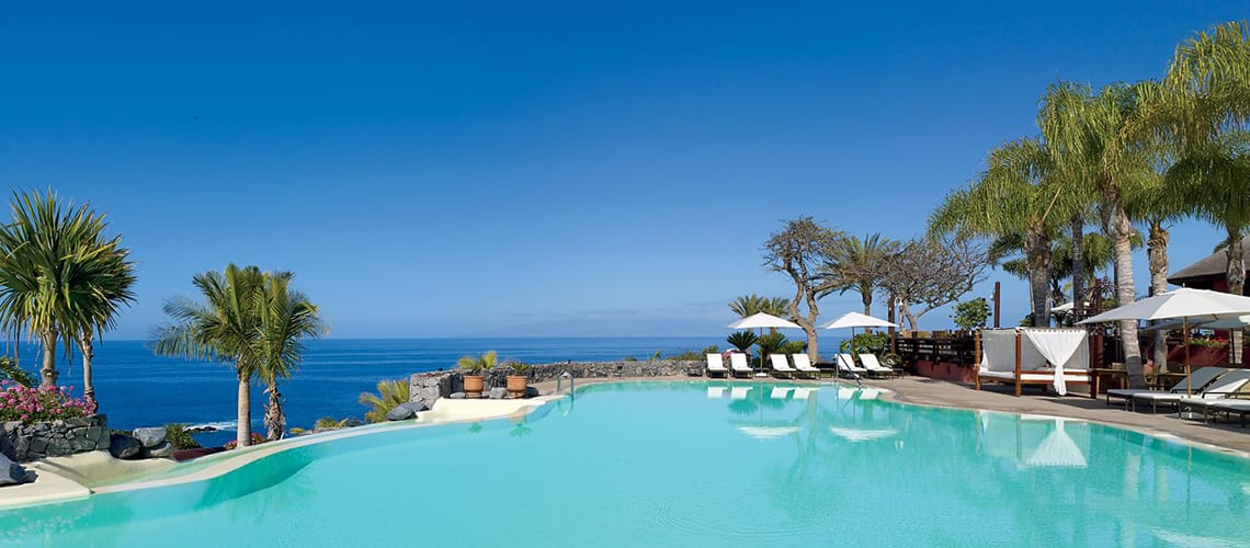 Tenerife holiday Pool-Little Guest