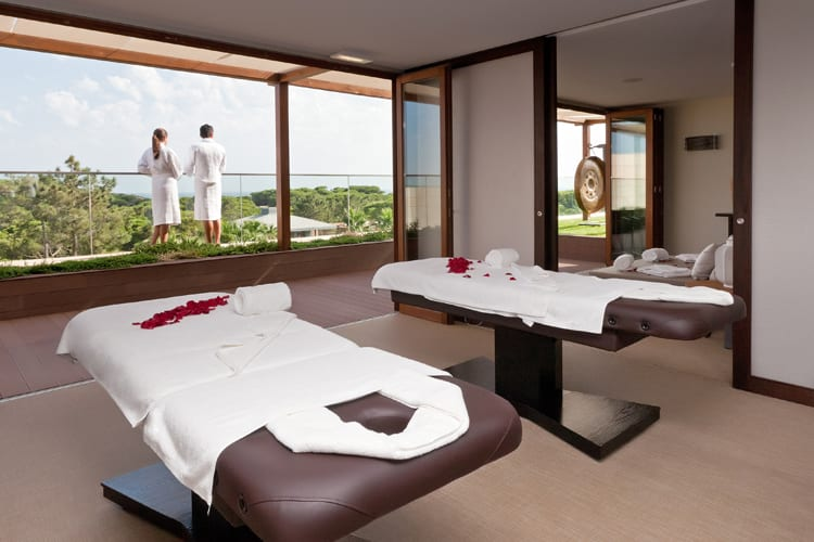 EPIC SANA Algarve massage room