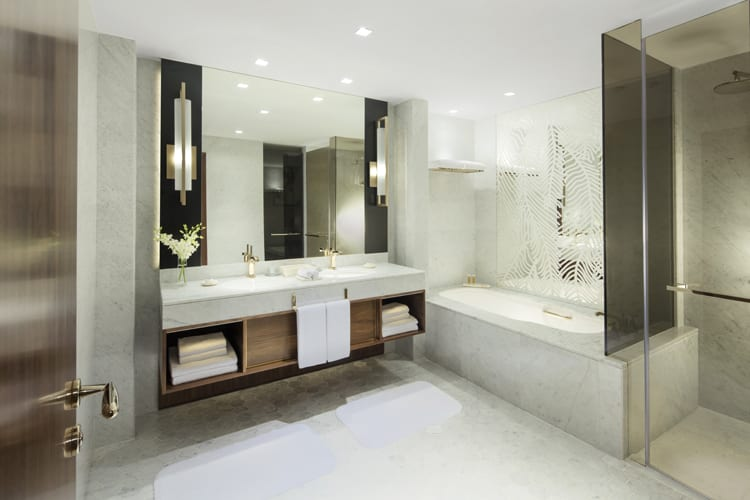 Grand-Hyatt-Dubai-Grand-King-Bathroom.