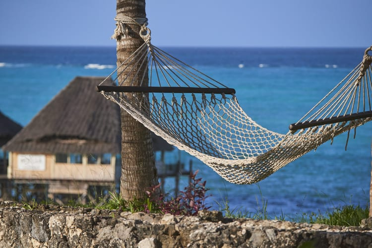 Meliá Zanzibar Hammock in front of the sea