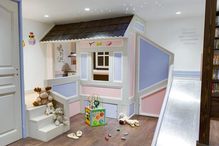 Les Sherpas Little Guest Hotels Collection Kids playroom