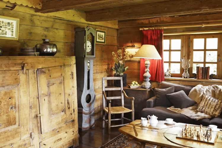 Le Chalet Chatel living room