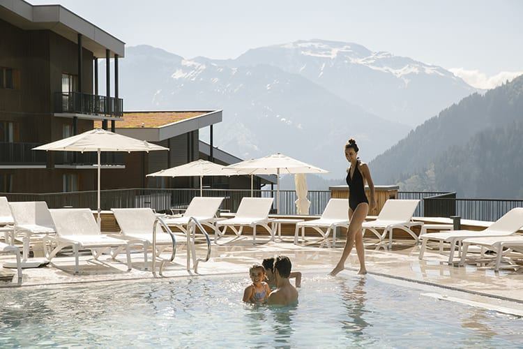 Chalets Club Med Grand Massif pool